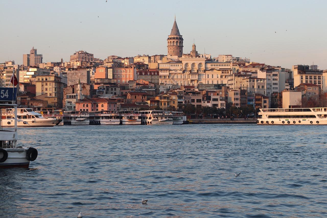 Waarom ik altijd over Istanbul vlieg